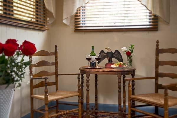 Antietam Room Sitting Area