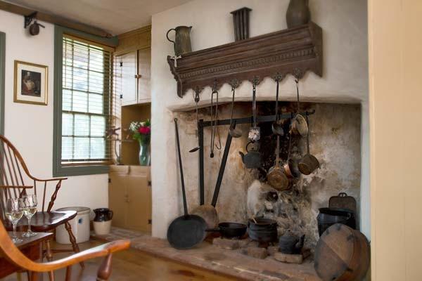 Generals Quarters Antique Fireplace