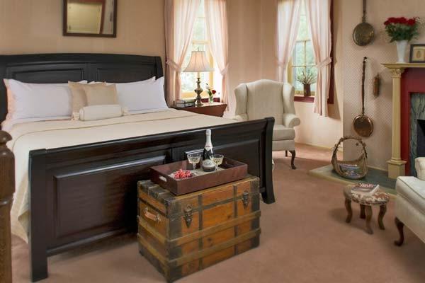 Thomas Jackson Room at Jacob Rohrbach Inn