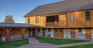 whistling wren farm barn