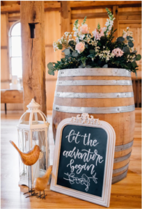 whistling wren farm wedding decor
